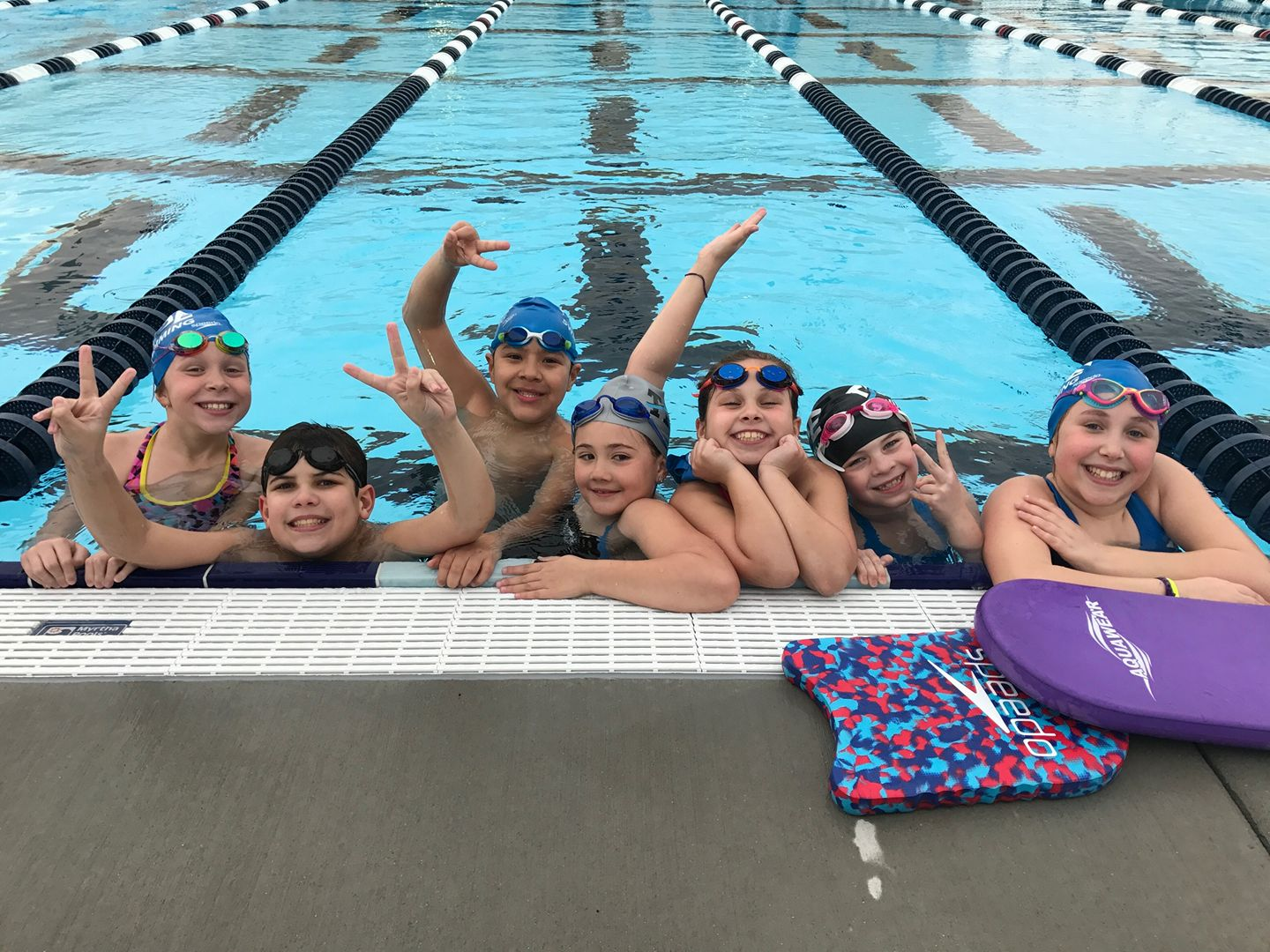Picture of young swimmers in a pool